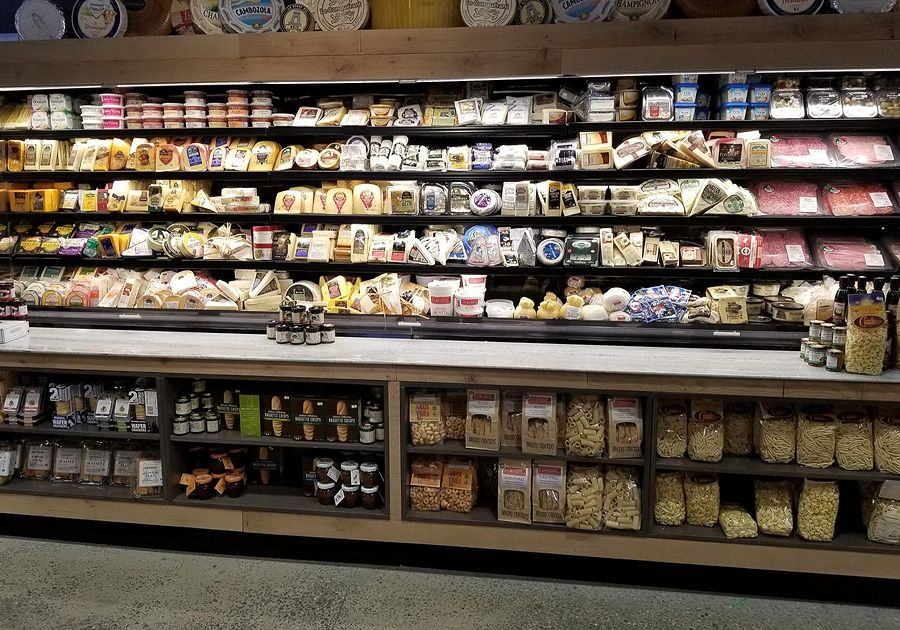 Giant-Heirloom-Market-Cheese-Shop