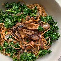 Vegan Mushroom and Kale Pasta